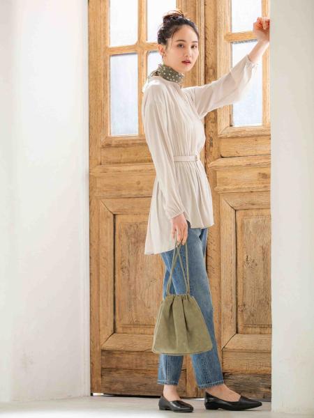 GLOBAL WORKの(W)デニムスリムテーパードPTを使ったコーディネートを紹介します。|Rakuten Fashion(楽天ファッション/旧楽天ブランドアベニュー)1013587