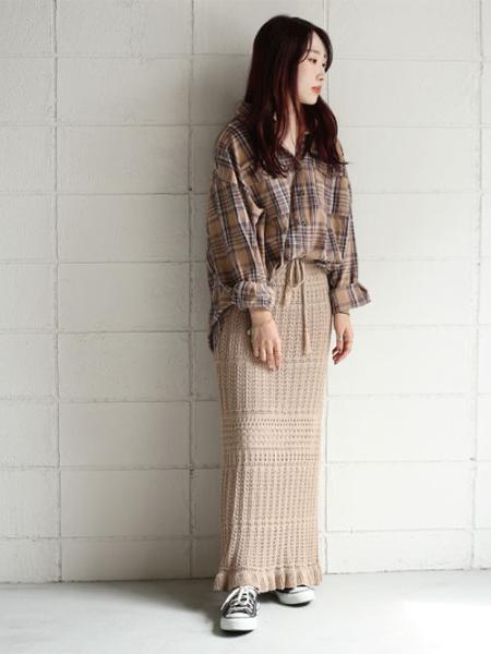 Bou Jeloudの【WEB限定】クロシェニットロングスカートを使ったコーディネートを紹介します。|Rakuten Fashion(楽天ファッション/旧楽天ブランドアベニュー)1014046