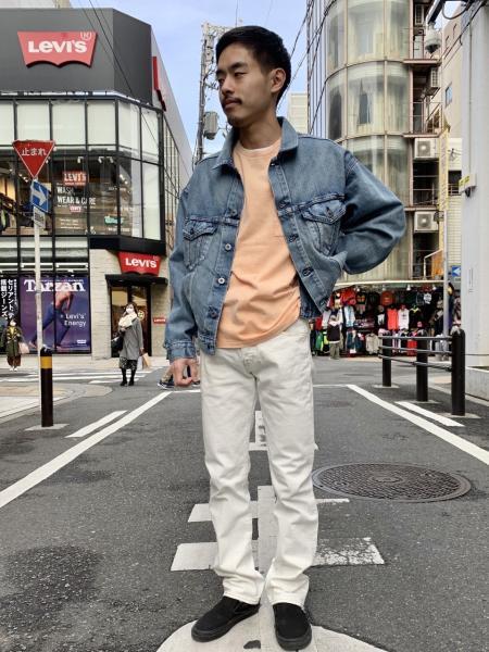 Levi'sのポケットTシャツ WASHED ORANGEを使ったコーディネートを紹介します。|Rakuten Fashion(楽天ファッション/旧楽天ブランドアベニュー)1014281