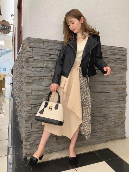 CECIL McBEEのコーディネートを紹介します。|Rakuten Fashion(楽天ファッション/旧楽天ブランドアベニュー)1015103