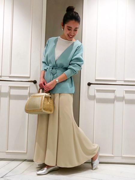 qualiteのマーメイドフレアーマキシパンツを使ったコーディネートを紹介します。|Rakuten Fashion(楽天ファッション/旧楽天ブランドアベニュー)1016857