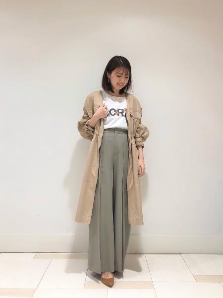 GRACE CONTINENTALのタックスリットパンツを使ったコーディネートを紹介します。|Rakuten Fashion(楽天ファッション/旧楽天ブランドアベニュー)1016948