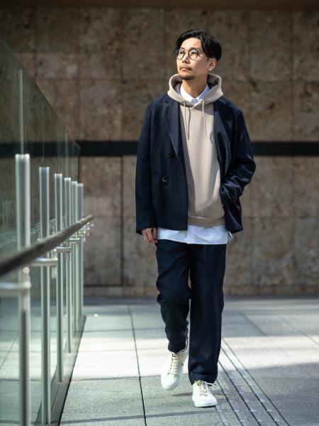EDIFICEのライトダンボールパーカーを使ったコーディネートを紹介します。 Rakuten Fashion(楽天ファッション/旧楽天ブランドアベニュー)1017195