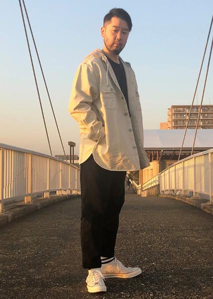 Levi'sのHOODEDJACKSONOVERSHIRTFOGを使ったコーディネートを紹介します。|Rakuten Fashion(楽天ファッション/旧楽天ブランドアベニュー)1018028