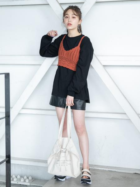 Heatherのカギバリニットビスチェを使ったコーディネートを紹介します。|Rakuten Fashion(楽天ファッション/旧楽天ブランドアベニュー)1018845