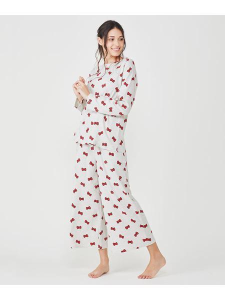 Chut! INTIMATESの【パジャマ・ルームウェア】ハローキティトップHELLOKITTY(C283)を使ったコーディネートを紹介します。|Rakuten Fashion(楽天ファッション/旧楽天ブランドアベニュー)1018920