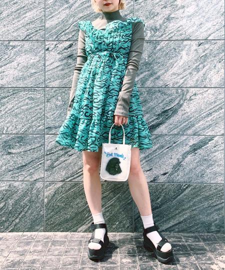 grapevine by k3のOPEN BACK HIGH NECK JERSEY TOPを使ったコーディネートを紹介します。|Rakuten Fashion(楽天ファッション/旧楽天ブランドアベニュー)1019051