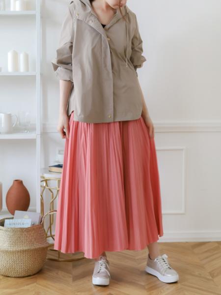 Bou JeloudのアコーディオンプリーツSKを使ったコーディネートを紹介します。|Rakuten Fashion(楽天ファッション/旧楽天ブランドアベニュー)1019200