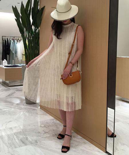ANAYIの【25ans 5月号掲載商品】チュールレースプリーツOPを使ったコーディネートを紹介します。|Rakuten Fashion(楽天ファッション/旧楽天ブランドアベニュー)1020540