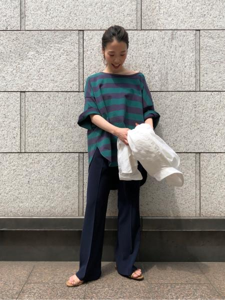 plageのBig ボーダーPOを使ったコーディネートを紹介します。 Rakuten Fashion(楽天ファッション/旧楽天ブランドアベニュー)1021982