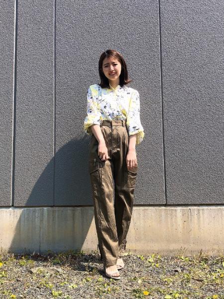 GRACE CONTINENTALのバイカラーフラワーブラウスを使ったコーディネートを紹介します。|Rakuten Fashion(楽天ファッション/旧楽天ブランドアベニュー)1022061