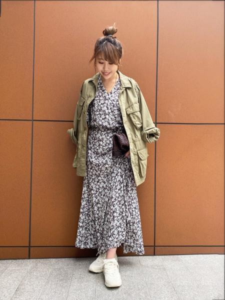 plageのアーミーJKを使ったコーディネートを紹介します。|Rakuten Fashion(楽天ファッション/旧楽天ブランドアベニュー)1022158