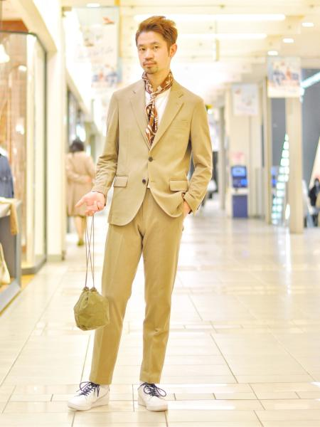 URBAN RESEARCHのナイロンツイルハンディポーチを使ったコーディネートを紹介します。|Rakuten Fashion(楽天ファッション/旧楽天ブランドアベニュー)1022820