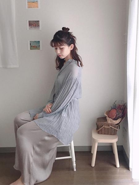 ROPE' PICNICのクレープシフォンチュニックブラウスを使ったコーディネートを紹介します。|Rakuten Fashion(楽天ファッション/旧楽天ブランドアベニュー)1023032