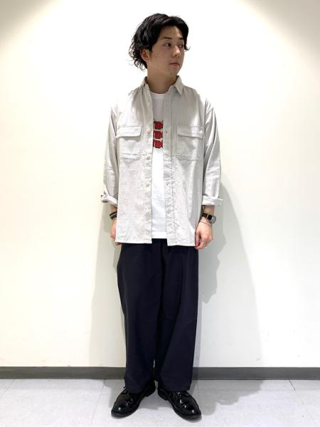 URBAN RESEARCH DOORSのコーディネートを紹介します。|Rakuten Fashion(楽天ファッション/旧楽天ブランドアベニュー)1024391