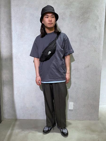 417 EDIFICEの(M)Airy puff serge ワイドパンツを使ったコーディネートを紹介します。|Rakuten Fashion(楽天ファッション/旧楽天ブランドアベニュー)1025265