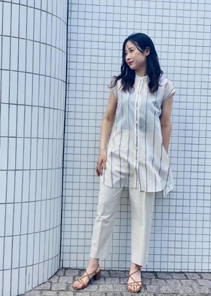ROPE'の【洗える】シェルタリングドライクロップ丈パンツを使ったコーディネートを紹介します。|Rakuten Fashion(楽天ファッション/旧楽天ブランドアベニュー)1025609