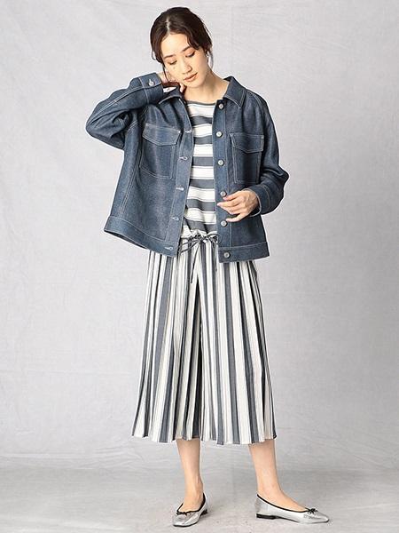 COMME CA ISMのデニム プリント ジャケットを使ったコーディネートを紹介します。|Rakuten Fashion(楽天ファッション/旧楽天ブランドアベニュー)1025742