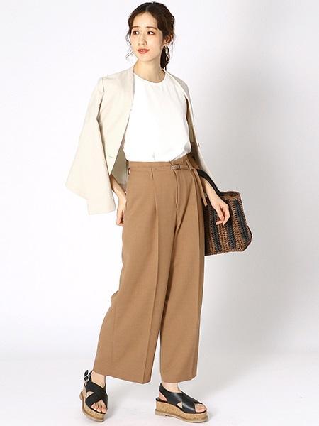 COMME CA ISMの《ショルダー付き》ざっくり編みカゴバッグを使ったコーディネートを紹介します。|Rakuten Fashion(楽天ファッション/旧楽天ブランドアベニュー)1025712