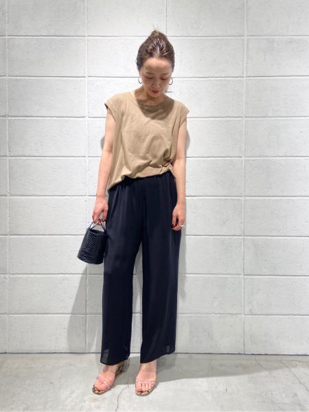 plageのHigh Twist Tankを使ったコーディネートを紹介します。|Rakuten Fashion(楽天ファッション/旧楽天ブランドアベニュー)1026222