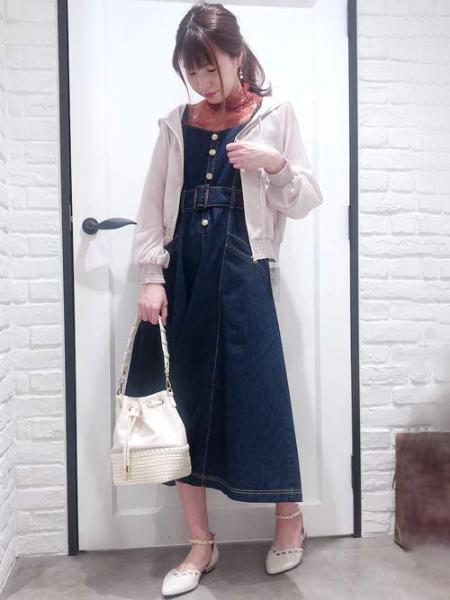 Noelaの異素材コンビ巾着BAGを使ったコーディネートを紹介します。|Rakuten Fashion(楽天ファッション/旧楽天ブランドアベニュー)1026743