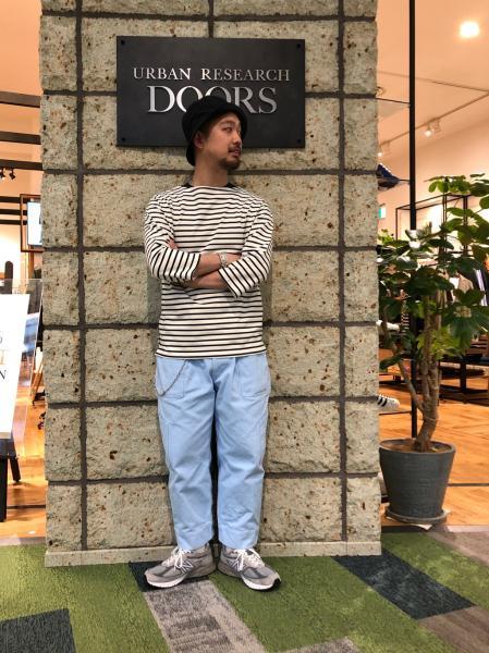 URBAN RESEARCH DOORSのボートネック7分袖Tシャツを使ったコーディネートを紹介します。 Rakuten Fashion(楽天ファッション/旧楽天ブランドアベニュー)1026754