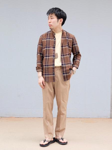 417 EDIFICEのT/W SOLOTEX トロ イージー アンクルスラックスを使ったコーディネートを紹介します。|Rakuten Fashion(楽天ファッション/旧楽天ブランドアベニュー)1026824