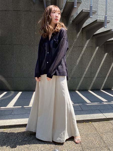 MAISON SPECIALのウォッシャブルスパークルニットシャツを使ったコーディネートを紹介します。 Rakuten Fashion(楽天ファッション/旧楽天ブランドアベニュー)1026903