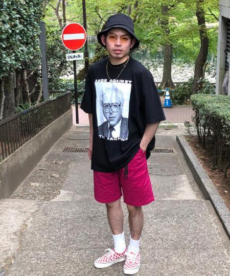 BEAMS MENのGRAMICCI / Standard Short Pantを使ったコーディネートを紹介します。 Rakuten Fashion(楽天ファッション/旧楽天ブランドアベニュー)1028223