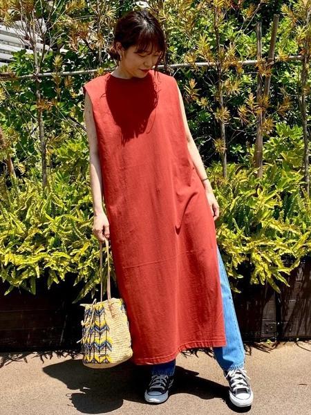 collexのサイドスリット天竺ワンピースを使ったコーディネートを紹介します。|Rakuten Fashion(楽天ファッション/旧楽天ブランドアベニュー)1028920