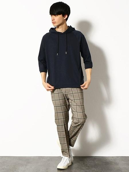 COMME CA ISMの7分袖プルオーバーパーカを使ったコーディネートを紹介します。 Rakuten Fashion(楽天ファッション/旧楽天ブランドアベニュー)1029248