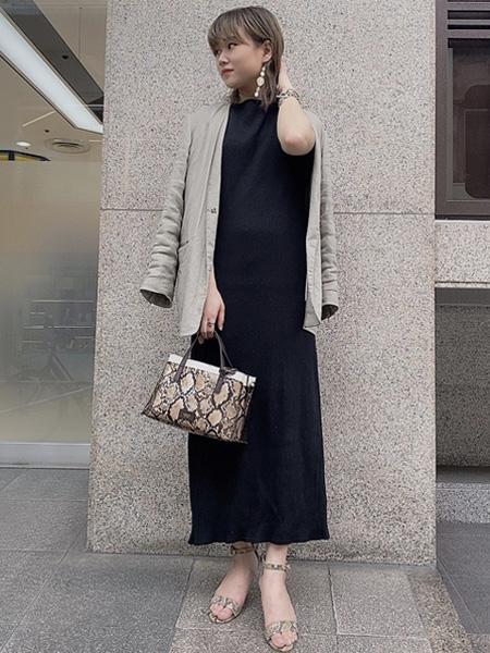 Piche Abahouseのシンプルアンクルストラップサンダルを使ったコーディネートを紹介します。|Rakuten Fashion(楽天ファッション/旧楽天ブランドアベニュー)1031430