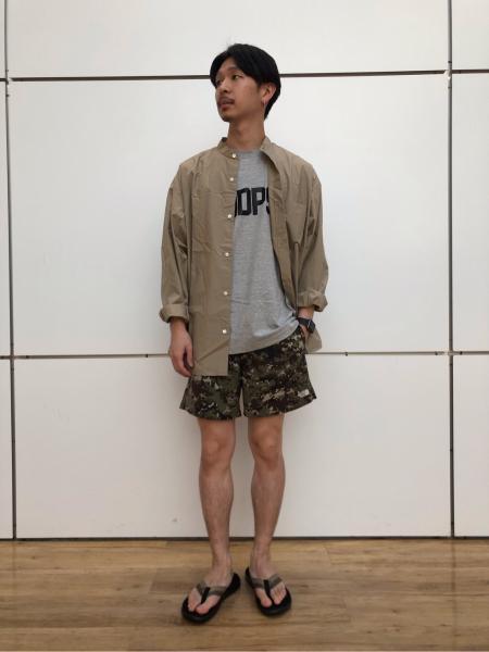 417 EDIFICEの【 FAMOUS DEPARTMENT STORE / フェイマス デパートメント ストア】プリントT S/Sを使ったコーディネートを紹介します。 Rakuten Fashion(楽天ファッション/旧楽天ブランドアベニュー)1032252