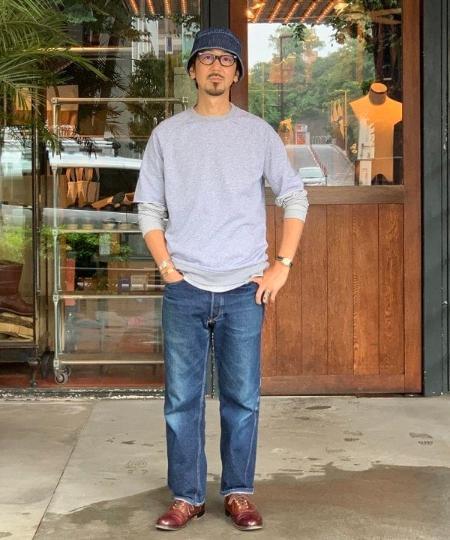 BEAMS MENのBEAMS PLUS / ライト ウェイト 半袖スウェットを使ったコーディネートを紹介します。 Rakuten Fashion(楽天ファッション/旧楽天ブランドアベニュー)1032317