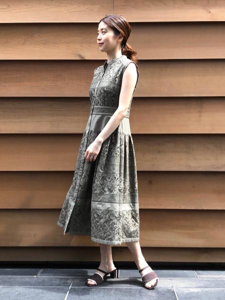 JILLSTUARTの《EndyROBE》ビアンカワンピースを使ったコーディネートを紹介します。|Rakuten Fashion(楽天ファッション/旧楽天ブランドアベニュー)1033721