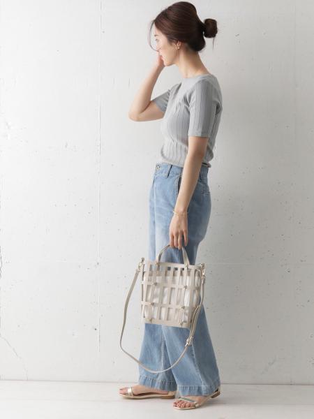URBAN RESEARCH DOORSのコーディネートを紹介します。|Rakuten Fashion(楽天ファッション/旧楽天ブランドアベニュー)1034005