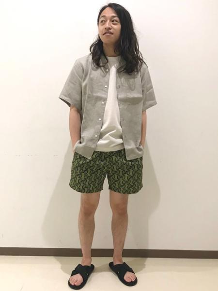 SHIPSのSC: ヘンプ ポプリン オープンカラー シャツを使ったコーディネートを紹介します。|Rakuten Fashion(楽天ファッション/旧楽天ブランドアベニュー)1034475