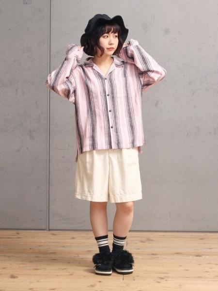 RNAのストライプフレアカフスシャツを使ったコーディネートを紹介します。 Rakuten Fashion(楽天ファッション/旧楽天ブランドアベニュー)1034767