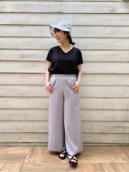 IENAのコーディネートを紹介します。|Rakuten Fashion(楽天ファッション/旧楽天ブランドアベニュー)1035075