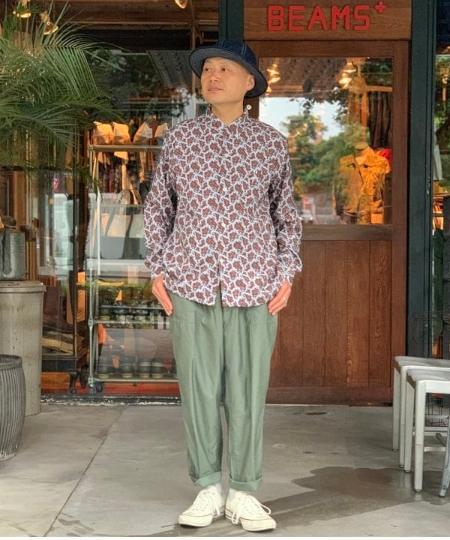 BEAMS MENのBEAMS PLUS / バックサテン ベイカー パンツを使ったコーディネートを紹介します。|Rakuten Fashion(楽天ファッション/旧楽天ブランドアベニュー)1035740