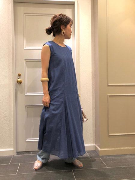 SLOBE IENAのコットンボイル フレアOPを使ったコーディネートを紹介します。|Rakuten Fashion(楽天ファッション/旧楽天ブランドアベニュー)1036725