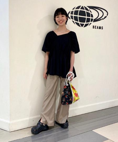BEAMS WOMENのRay BEAMS / リブ カップ付き キャミソールを使ったコーディネートを紹介します。 Rakuten Fashion(楽天ファッション/旧楽天ブランドアベニュー)1036735
