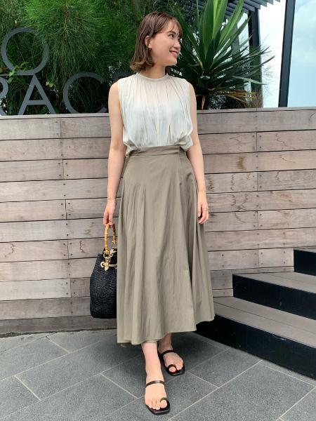 VERMEIL per ienaの【MAISON N.H PARIS/メゾンエヌアッシュパリ】MIA MIEDIUMハンドバッグ◆を使ったコーディネートを紹介します。 Rakuten Fashion(楽天ファッション/旧楽天ブランドアベニュー)1036931