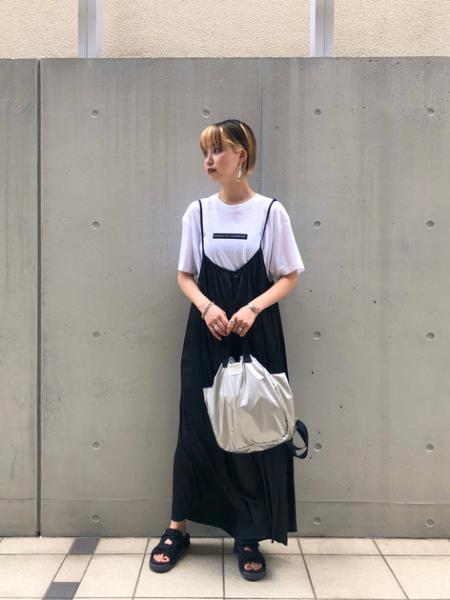 ROSE BUDのチルアウトを使ったコーディネートを紹介します。|Rakuten Fashion(楽天ファッション/旧楽天ブランドアベニュー)1037203