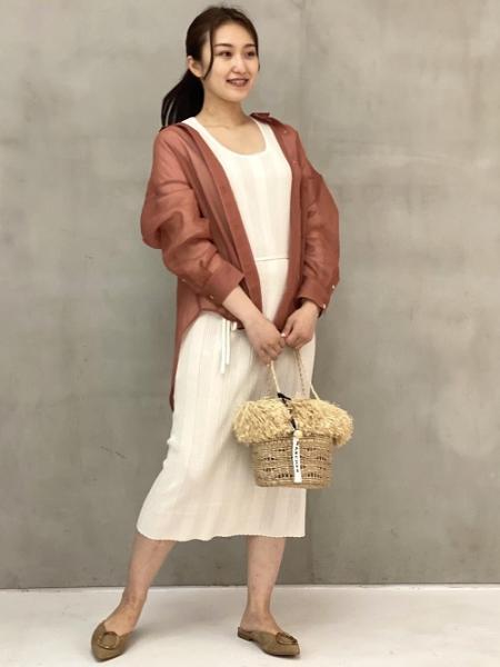 ROPE'のソフトオーガンジーエアリーシアーシャツブラウスを使ったコーディネートを紹介します。|Rakuten Fashion(楽天ファッション/旧楽天ブランドアベニュー)1037415