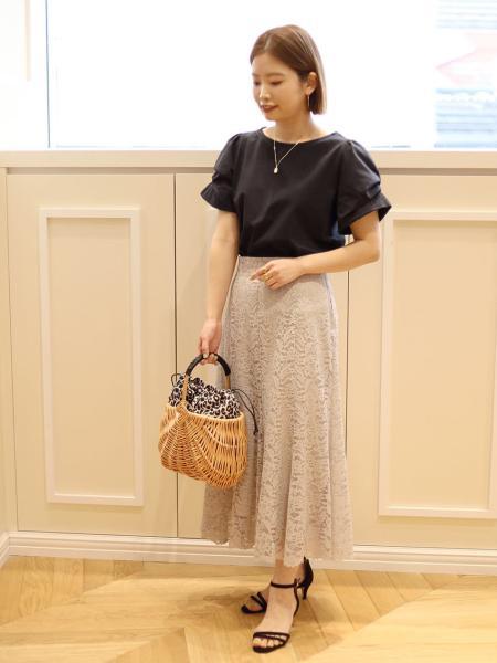 La Totaliteのコーディネートを紹介します。|Rakuten Fashion(楽天ファッション/旧楽天ブランドアベニュー)1038043
