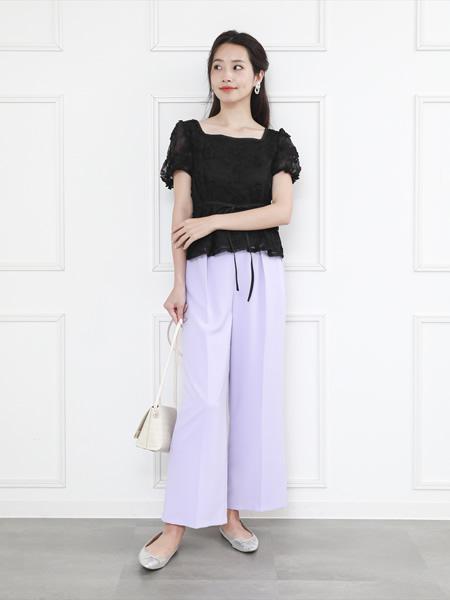 clearのシンプルストレートワイドパンツを使ったコーディネートを紹介します。|Rakuten Fashion(楽天ファッション/旧楽天ブランドアベニュー)1038178