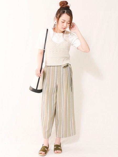 COMME CA ISMの【一部店舗限定/ジェンダーレス】ロゴ ワンポイント Tシャツを使ったコーディネートを紹介します。 Rakuten Fashion(楽天ファッション/旧楽天ブランドアベニュー)1038770