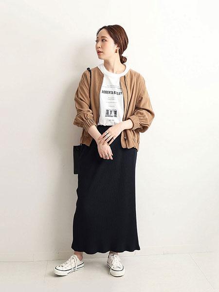 SLOBE IENAのコーディネートを紹介します。 Rakuten Fashion(楽天ファッション/旧楽天ブランドアベニュー)1040357