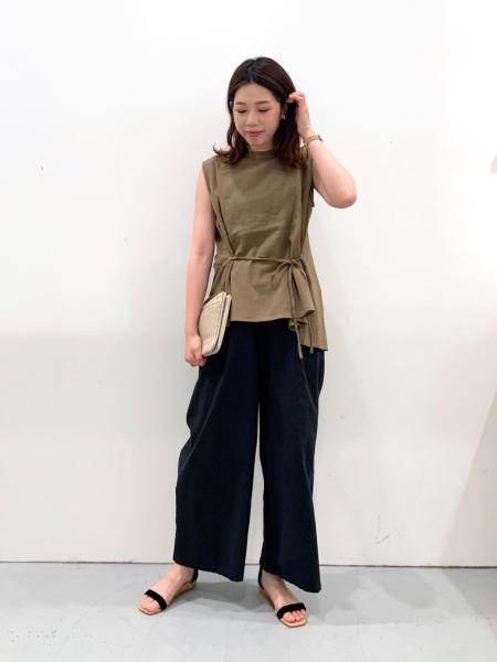 LAKOLEの(W)アンクルストラップサンダルを使ったコーディネートを紹介します。|Rakuten Fashion(楽天ファッション/旧楽天ブランドアベニュー)1040422